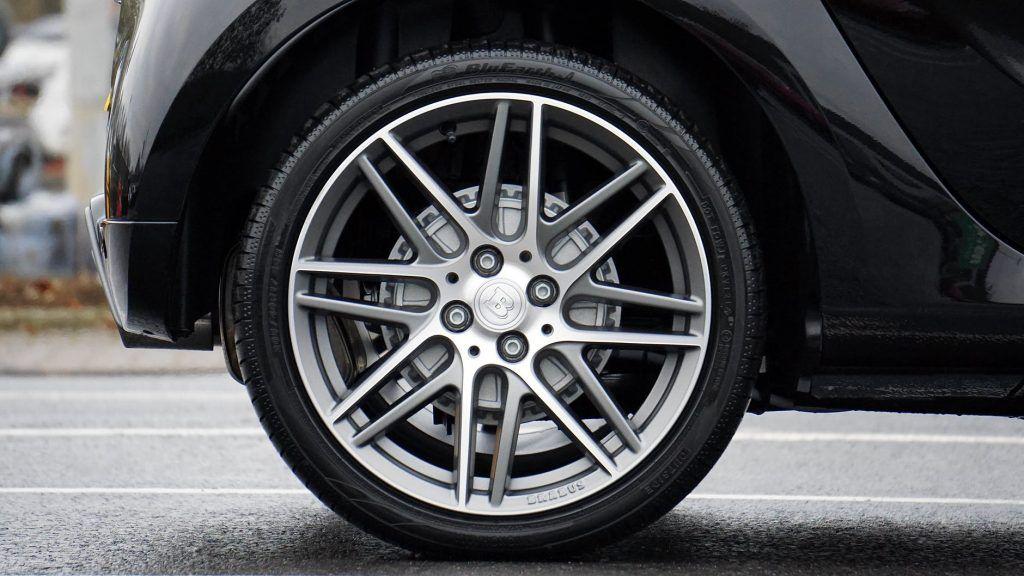 Wheel, rueda, presión neumáticos